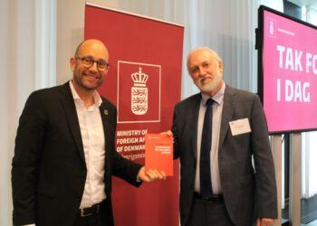 Udviklingsminister Rasmus Prehn og direktør Niel Jacobsen fra EUC Nord i Hjørring.