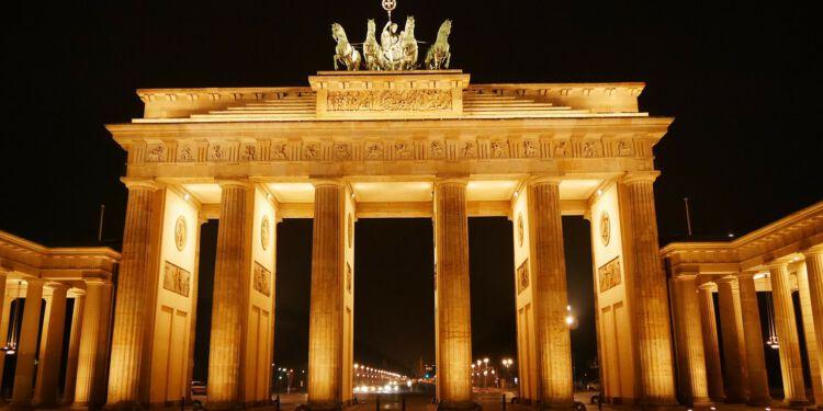 Brandenburger Tor i Berlin. Foto: Pixabay.