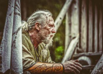 Claus Gajhede ved et tidligere vikingemarked i Yxengaard. Foto: Jens Kranen.
