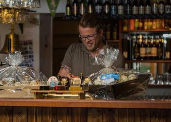 Mange lokale kender givetvis David Godi Jensen som en af drivkræfterne bag værtshuset Irish No. 1 i Hirtshals.