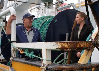 Statsminister Mette Frederiksen har tidligere været ombord hos Jan Woller på HG 236 Milton. Foto: Arkiv.