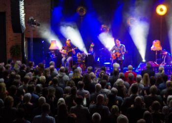 Foto (arkiv): Jonah Blacksmith gav i februar 2018 koncert på Nordsøen Ocenarium.
