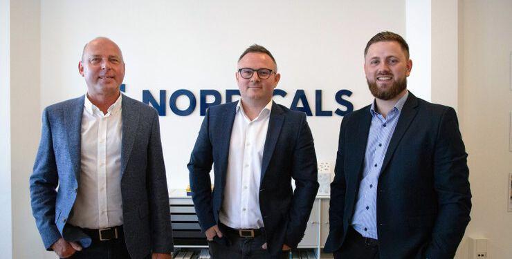 Henrik Adamsen (t.v.), Tommy Fuglsang og Simon Wiehl (t.h.) har store planer for erhvervsmarkedet i Vendsyssel, hvor stærke netværk og fagligheder i top skal åbne nye døre – lokalt og nationalt.