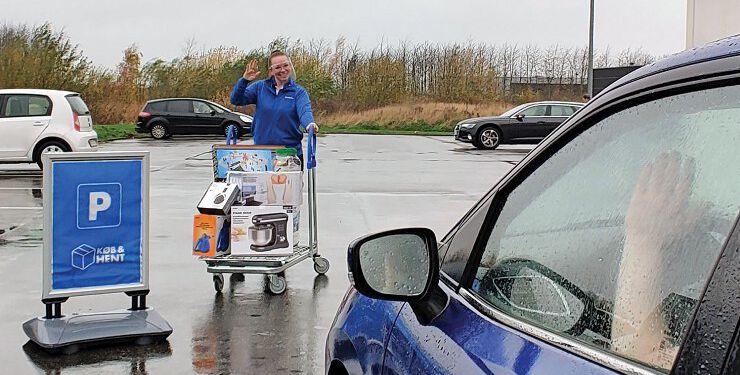 Da corona kom, lancerede detailkæden Biltema hurtigt en drive-in-løsning sammen med deres Køb & Hent-service, så kunderne kunne handle så sikkert som muligt.