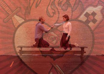 Mon ikke Romeo og Julie fik sendt hinanden et kærestebrev eller to...? Her ses Lue Støvelbæk og Luise Kirsten Skov under prøverne... (arkivkollage)