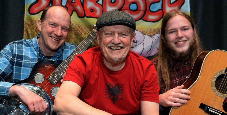 Slåbrock Trio med Ole Albrechtsen, Kjeld Torbjørn og Torkild Mørch Albrechtsen. Foto: Finn Folsted.